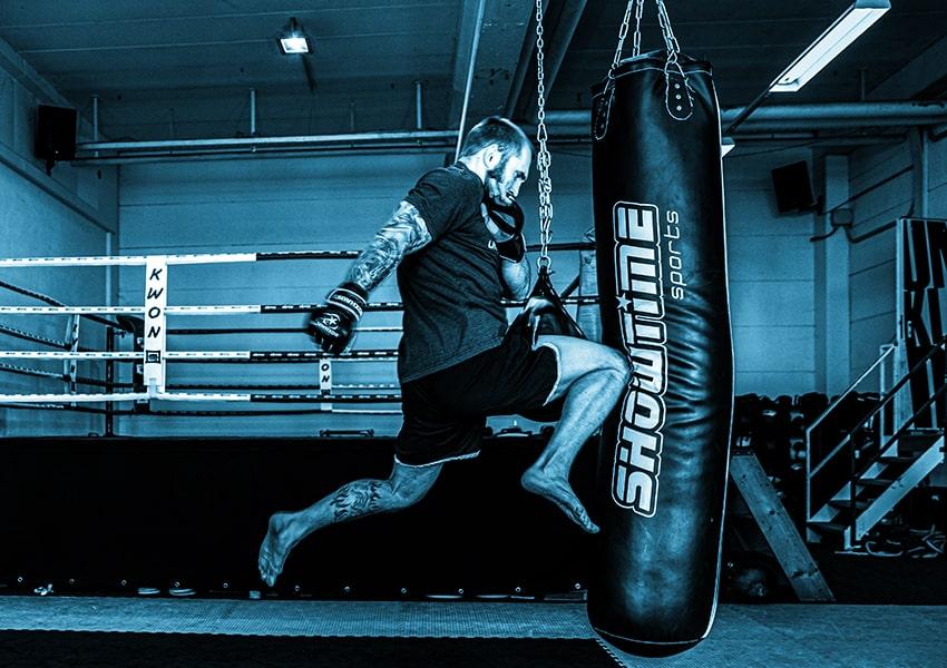 Axe-Gym_Kursangebot_MMA